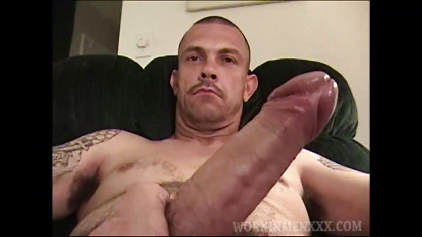 Mature Amateur Jeff Beating Off