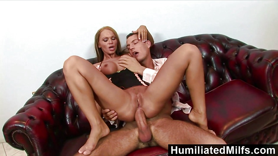 Fhuta his giant cock stretches her butt hole to the limit 4
