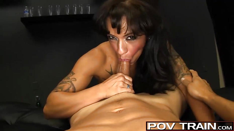Syren de mar interviewed and creampied by 5 guys - 4 1