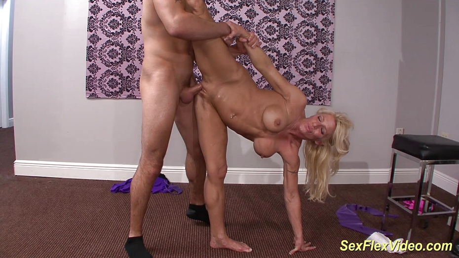 Flexi muscle milf gina west fucked 9