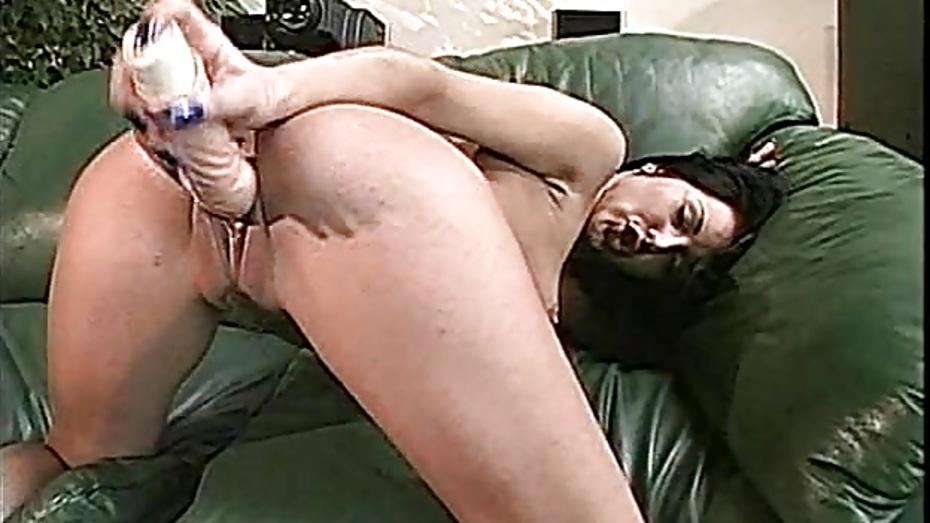 Latina Solo Female Dildo