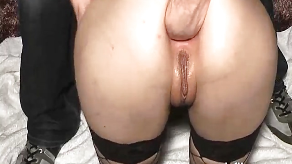 Fisting his girlfriends greedy gaping ass hole 10