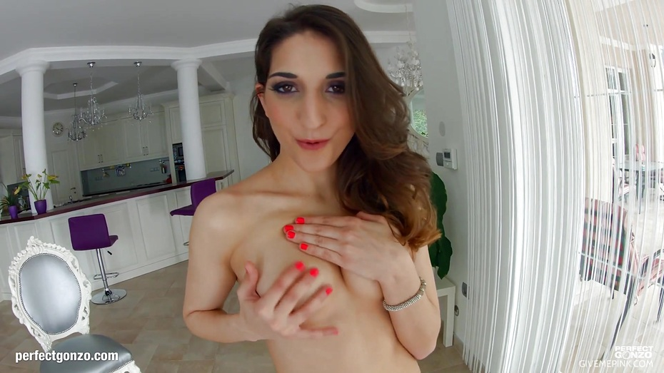 Hot jimena lago tries her first erotic photoshoot in public - 3 part 7