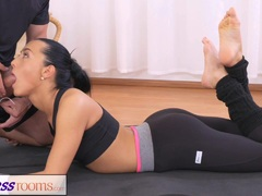 FitnessRooms Gym Bunny fucks personal fitness trainer preview