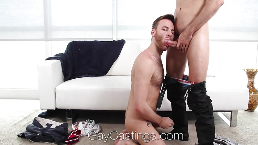 GayCastings Casting agent fucks Brody Fields tight ass