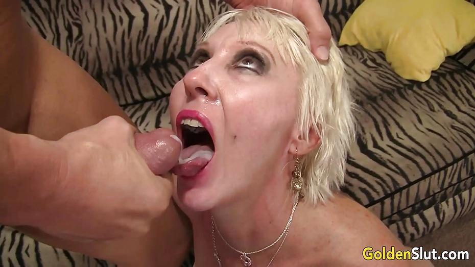 lindas hot mom