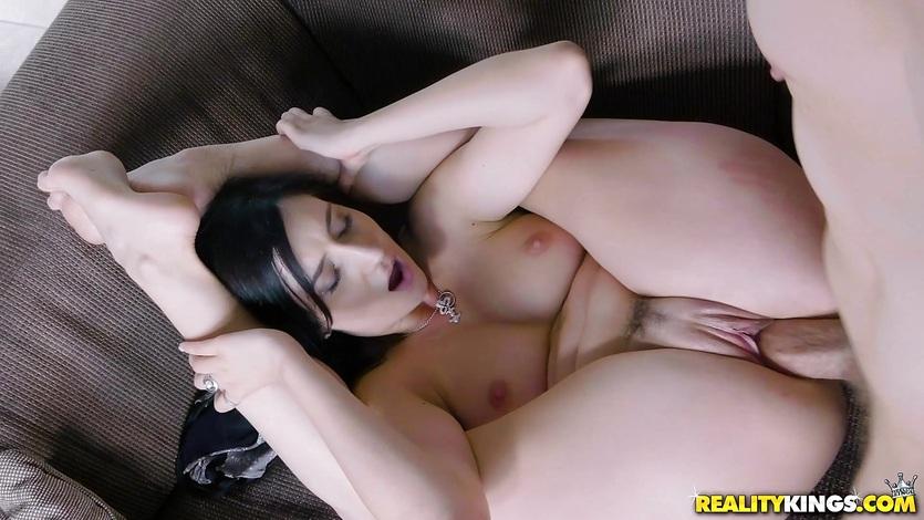 Slamming cock deep into Melody