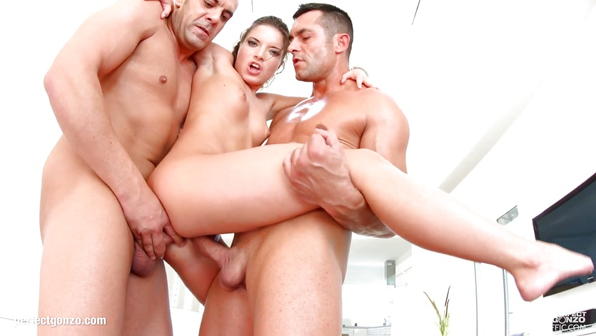 Ass Traffic presents - Anita Bellini in gonzo anal scene