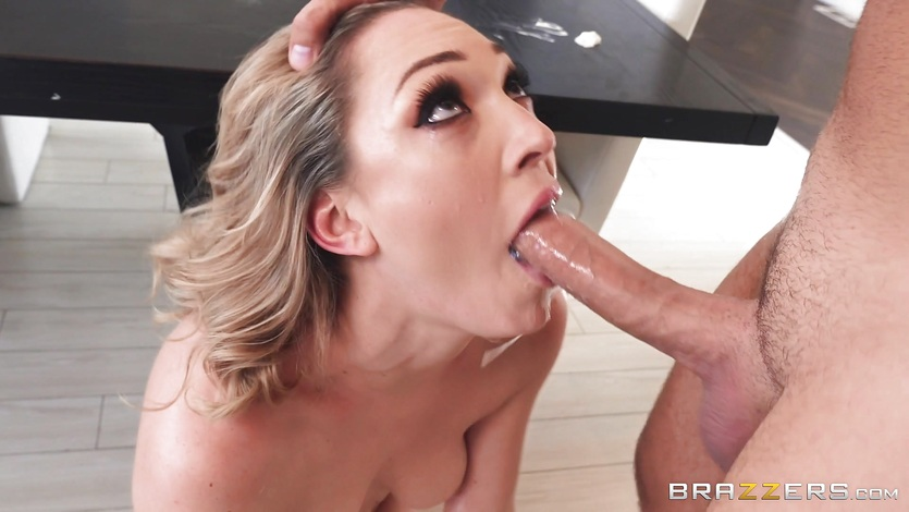 Cock craving Lily Labeau banged in front of her dad