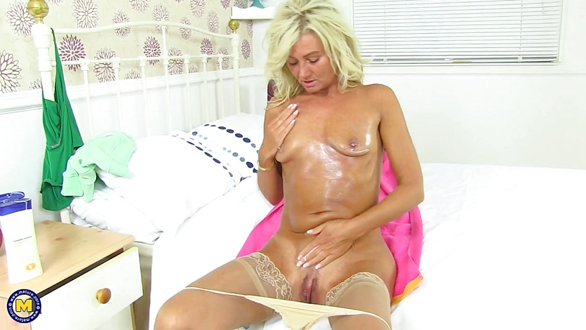 Anal beads masturbation pics