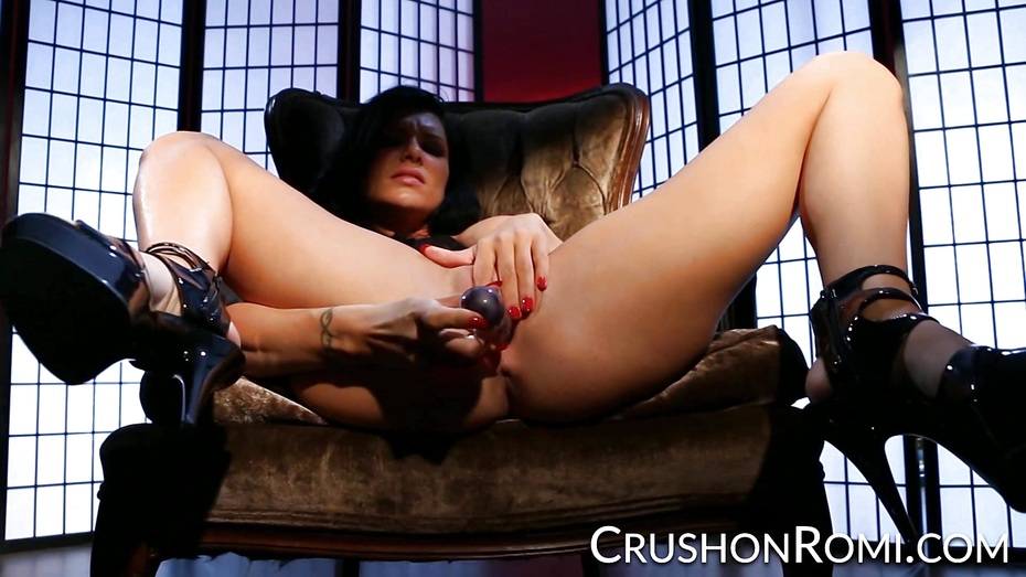 Crush girls romi touches herself in crotchless panties