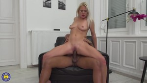 Hot milf cathy anderson at saboom
