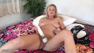 Mature Blonde Milf Charlie Daniels Using A Strong Toy Aunt Judysex Girlfriend