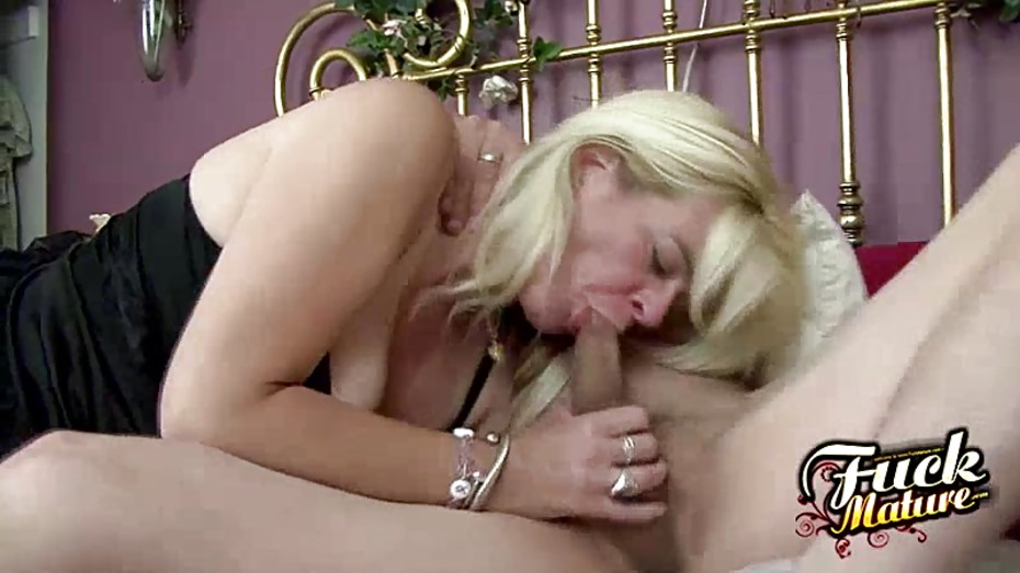Sundara wants her guys manhood inside her - 2 part 1