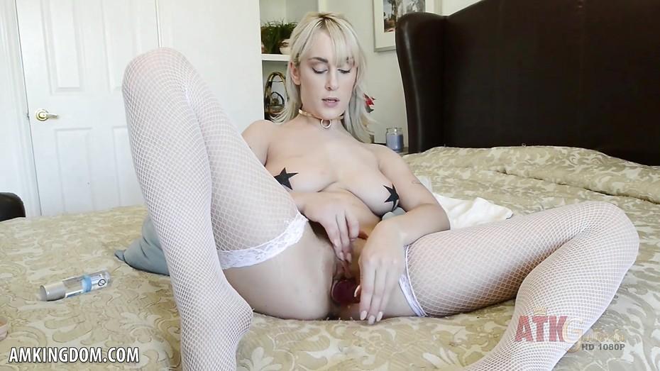 Cute amateur naked