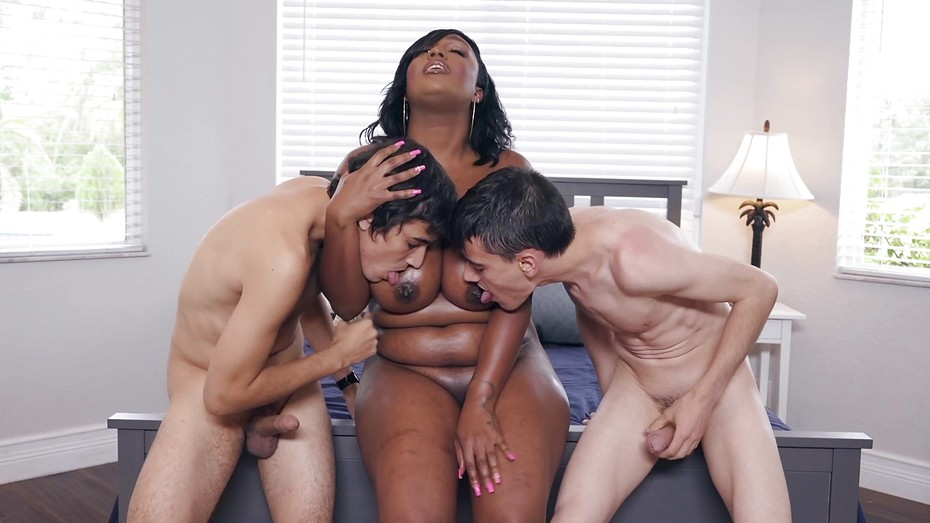 Kkag tasty boyz having sex